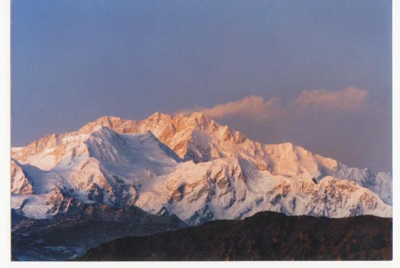 Routes a haut risque - Au coeur de l Himalaya   [UL][DF]